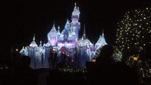 16 christmas castle